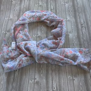 Gap Lightweight Printed Scarf